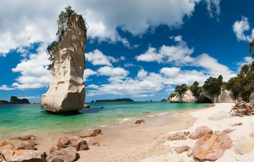 Beautiful Te Hoho Rock at Cathedral Cove Marine Reserve, Coromandel Peninsula, New Zealand
