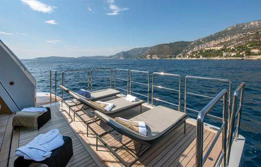 luxury yacht x swim platform