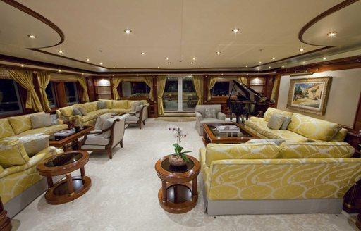 Charter A Luxury Yacht For Chinese New Year 2016 photo 2