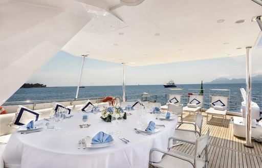 Al fresco dining on-board superyacht ANTISAN