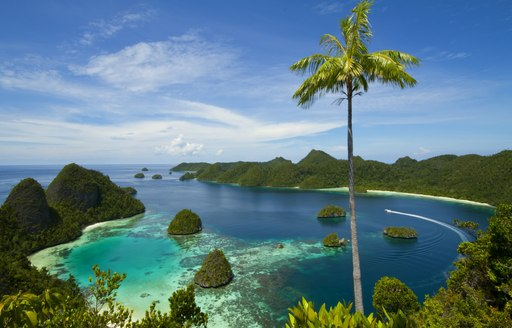 The Ultimate Guide to Luxury Yacht Charters in South East Asia photo 5