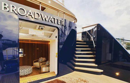 luxury yacht broadwater beach club