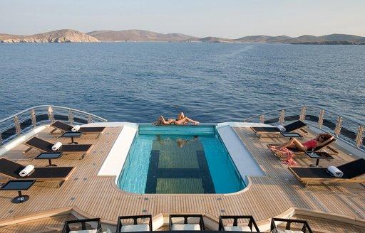 Helipad-swimming pool combo onboard Alfa Nero