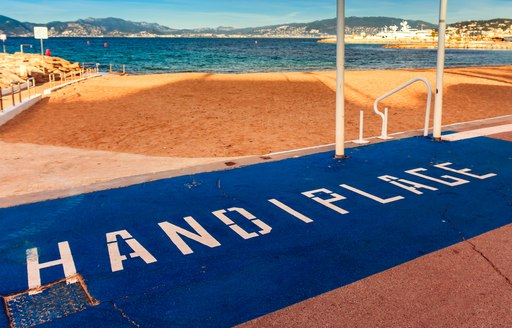 Beach access for disabled in Cannes