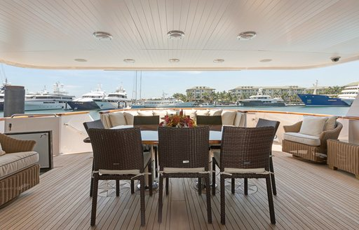 alfresco dining on board luxury yacht PRAXIS