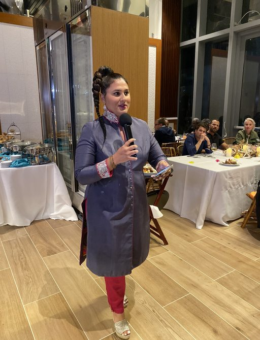 bahamas charter show organiser sanaa vohra gives speech at end of the boat show