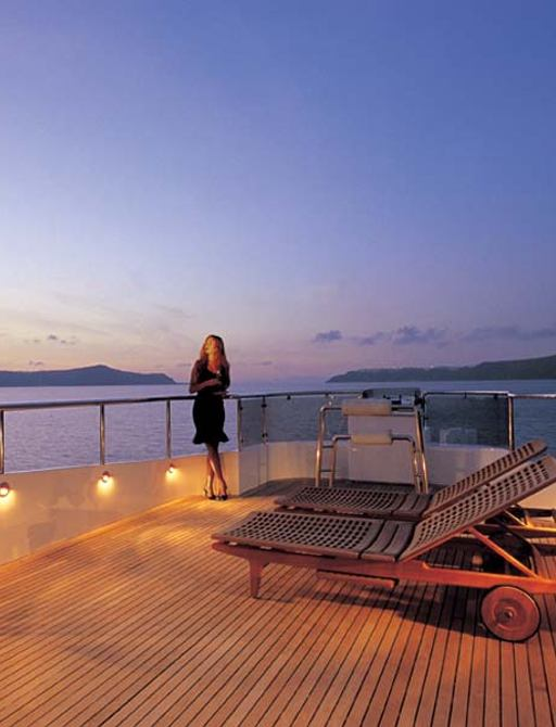 Greek yacht charter special: 25% discount offered on superyacht 'Carmen Fontana' photo 9