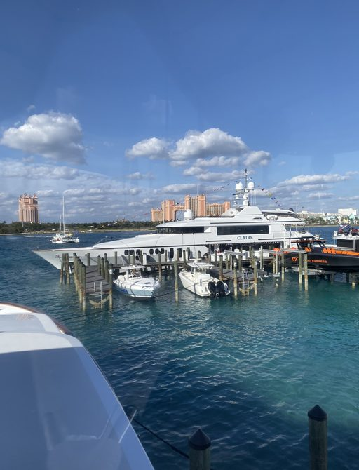 bahamas charter show with atlantis hotel in background