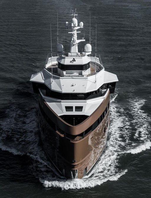 la datcha front on view of motor yacht underway
