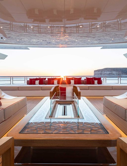 Inside Beyonce and Jay-Z's €1.7 mil p/ week charter yacht LANA photo 16