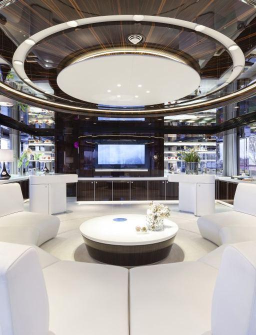 superyacht mysky lounge