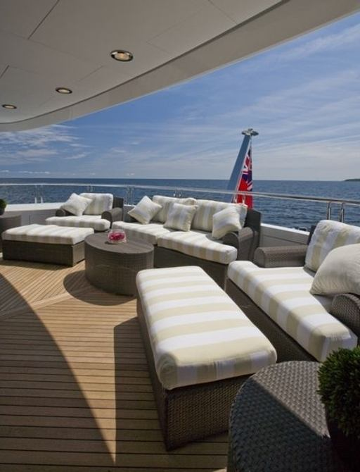 superyacht mustang sally's deck seating