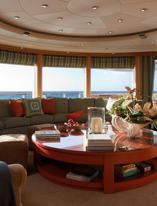superyacht OASIS main salon