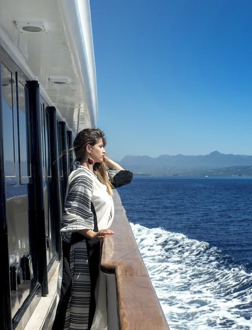 Greek yacht charter special: 25% discount offered on superyacht 'Carmen Fontana' photo 10