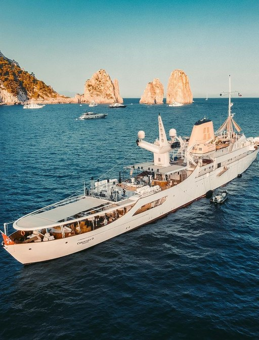Luxury yacht Christina O in Capri