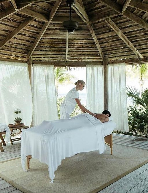 Massage treatment at Over Yonder Cay