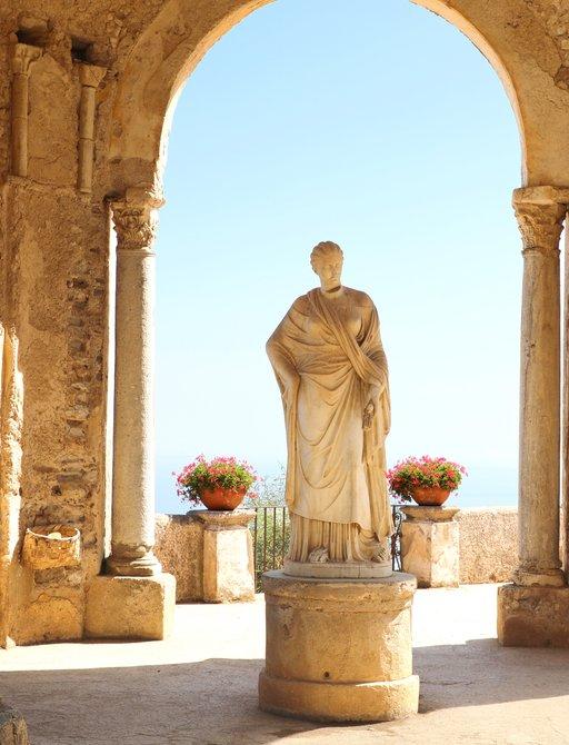 Statue in Ravello, on the Amalfi Coast