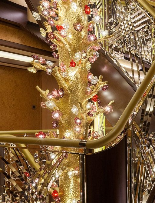 SOLANDGE yacht central staircase