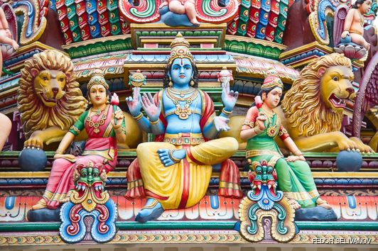 Detailed decorations on Sri Mariamman temple's roof