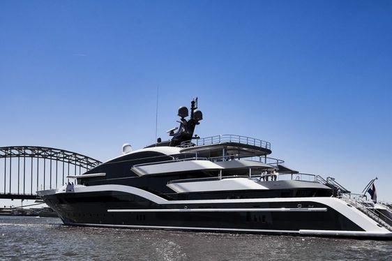 Oceanco delivers 90m M/Y DAR