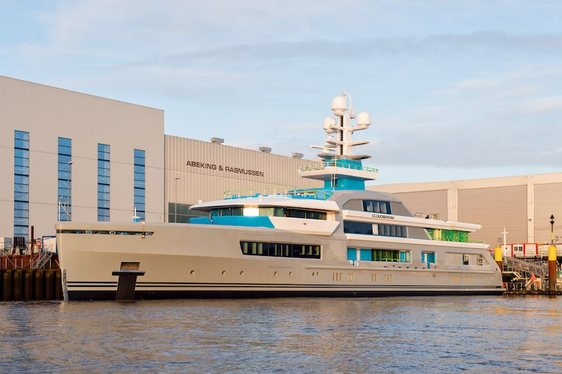Video Reveals Details Of New 70m Superyacht CLOUDBREAK