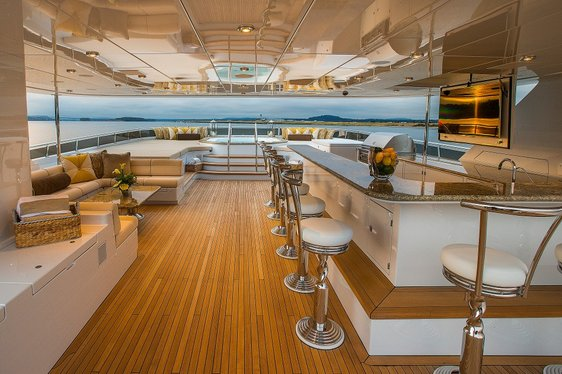 Christensen Motor Yacht 'Silver Lining' Arrives Onto the Charter Market