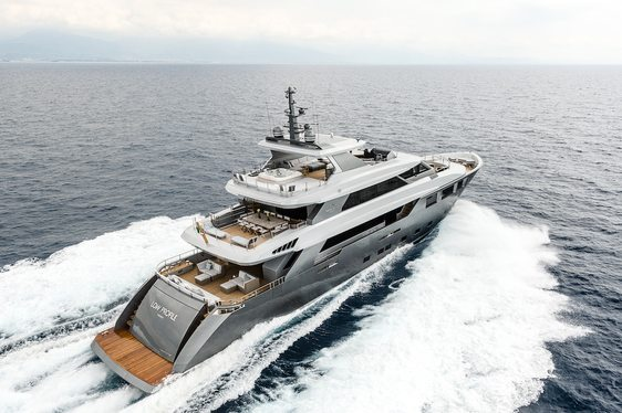 Superyacht 'Low Profile' Delivered by Tecnomar