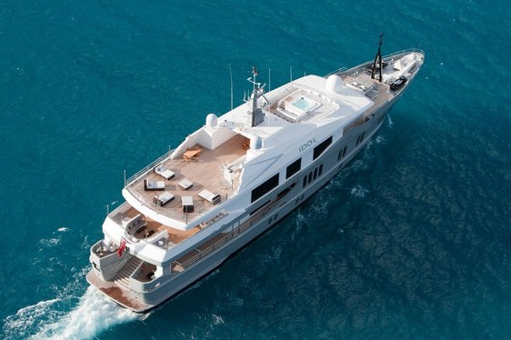 Superyacht IDOL Offering Luxury Charters in the Bahamas