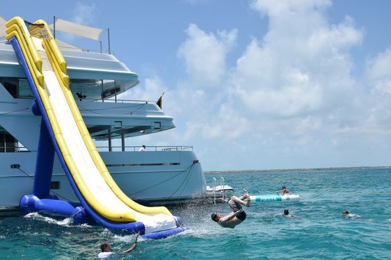 Charter Yacht RHINO Offers Special Rate In The Bahamas This Winter