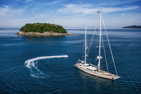 Superyacht Clan VI on charter in Myanmar