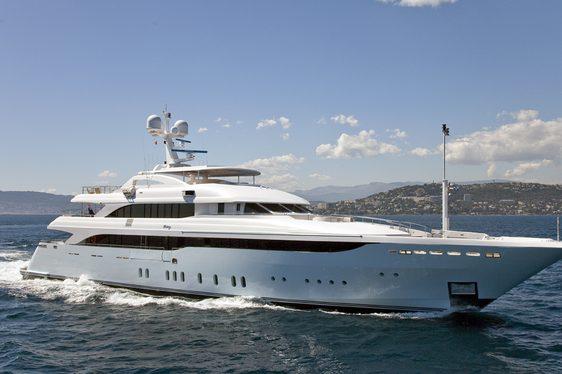 superyacht VICTORY underway during a Mediterranean yacht charter