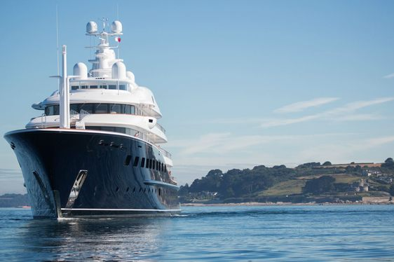 Charter Yacht AQUILA Storms To Victory At ISS Awards