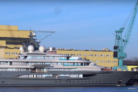 Video: Brand new Lurssen Superyacht 'Project SHU' heading for sea trials
