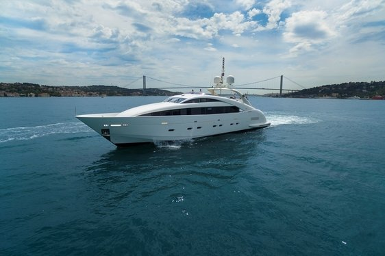 Motor Yacht CANPARK Available for Charter in Turkey