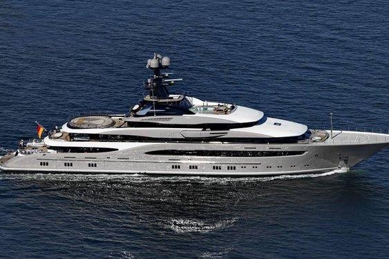 Motor Yacht KISMET Nominated at 2015 World Superyacht Awards