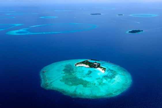 Under The Waves In The Maldives Yachting Itinerary