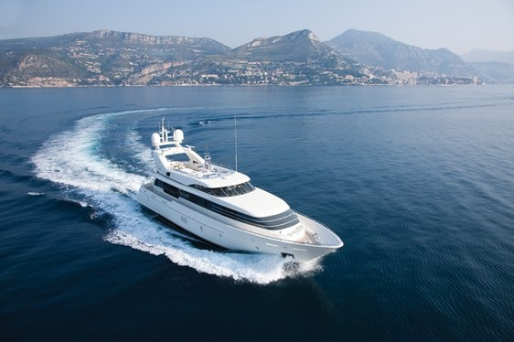 M/Y 'LA MASCARADE' Has No Delivery Fees in Sardinia
