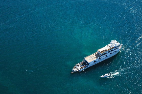 Expedition Yacht SuRI Offering Ultimate South East Asia Experience