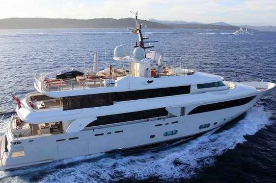 Motor Yacht 'Avant Garde' Joins The Charter Fleet