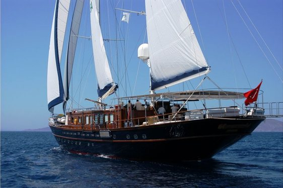 luxury gulet Sea Dream cruising on charter in Turkey