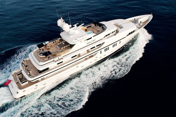 Superyacht SEALYON offers 10 days for 7 on South of France yacht charters.