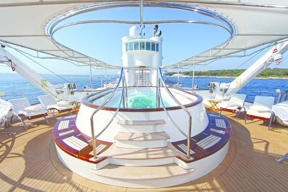 glass bottom jacuzzi on superyacht sherakhan
