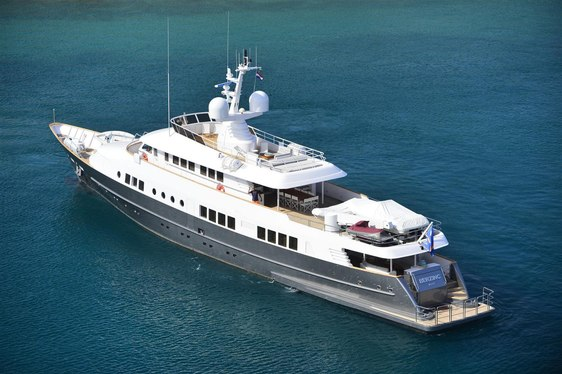 Motor Yacht BERZINC Open for Charter in Croatia