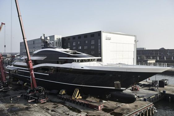 Video: Brand new 90m Oceanco Y717 heads for sea trials