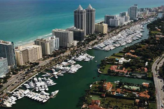 Yachts Miami Beach 2016
