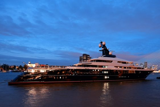 VIDEO - Equanimity Yacht leaving Oceanco on maiden voyage to Mediterranean