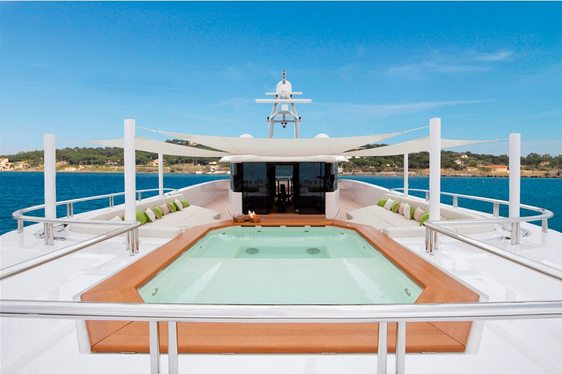 Superyacht Mogambo features large swimming pool