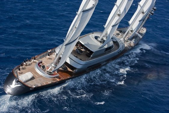 Video – Magnificent Superyacht 'Maltese Falcon' in the British Virgin Islands