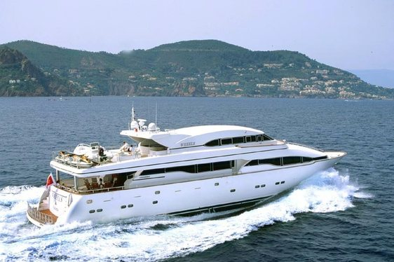 Charter Yacht Wheels cruising in Italy