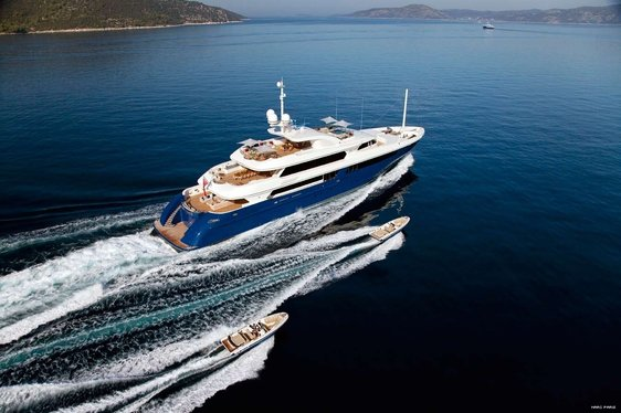 #THROWBACK VIDEO: Motor Yacht 'Mary Jean II' Completes Extensive Refit